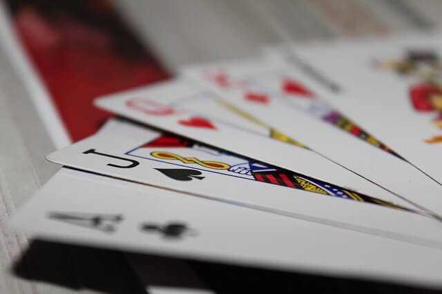 cards-166440_640